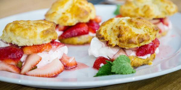 Joanna Gaines' Strawberry Shortcake