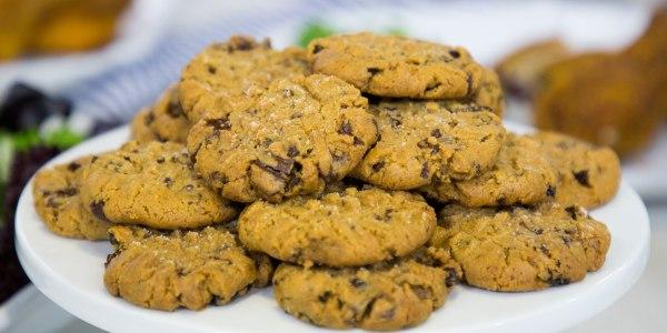 Gluten-Free Chocolate-Cherry Peanut Butter Cookies