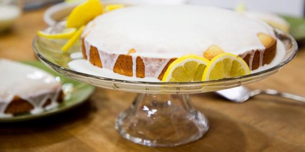 Luscious Limoncello Cake