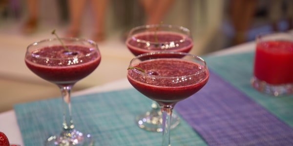 Joy Bauer's Refreshing Cherry Frosé