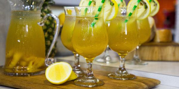 Grilled Pineapple Sangria (Sangría de Piña a la Plancha)