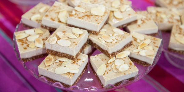 Vegan Salted Almond Cheesecake Bars