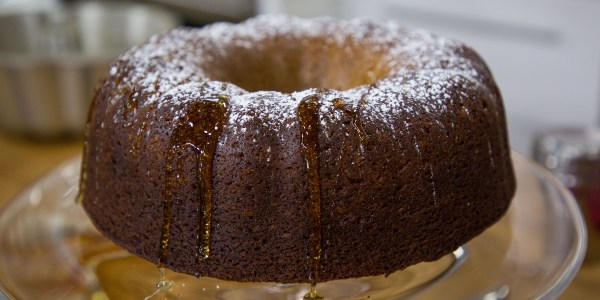 Honey and Apple Cake