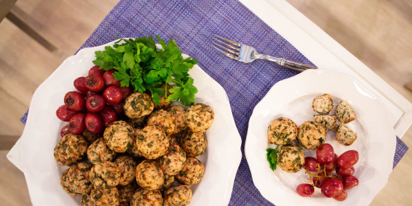 Joy Bauer's Chicken Meatballs with Roasted Grapes