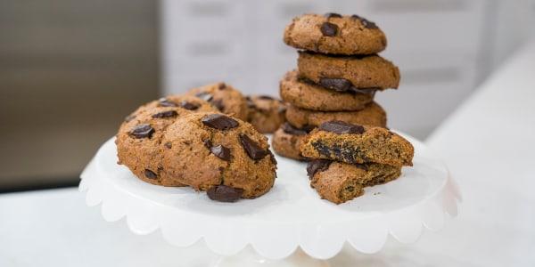 Vegan Dark Chocolate Chunk Cookies