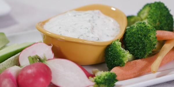 Joy Bauer's Creamy Buttermilk Ranch Dressing