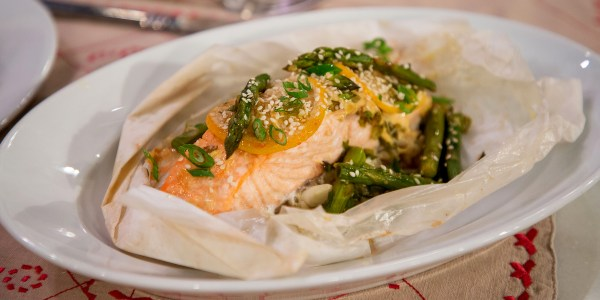 Salmon en Papillote with Brown Rice and Asparagus