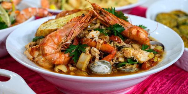 Italian Seafood Stew (Zuppa di Pesce)