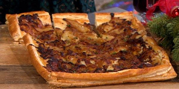 Apple, Gruyere, Onion and Fresh Thyme Tart