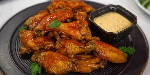 Baked Barbecue Buffalo Wings with Alabama White Sauce