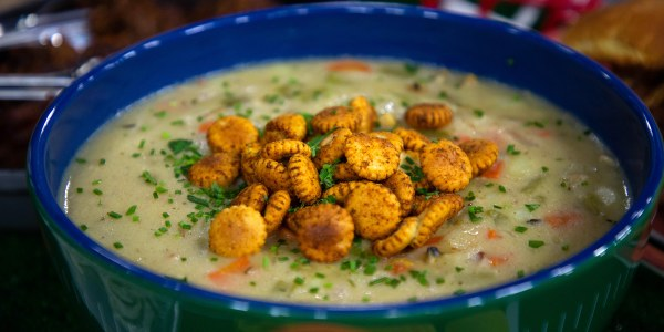 Clam Chowder with Bacon and Spiced Oyster Crackers