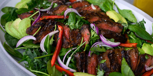 Chile-Maple Skirt Steak Salad