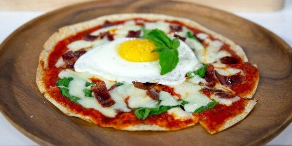Healthy Breakfast 'Pizza'