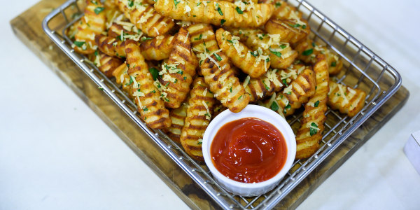 Sunny Anderson's Easy Garlic-Parmesan Crinkle Fries
