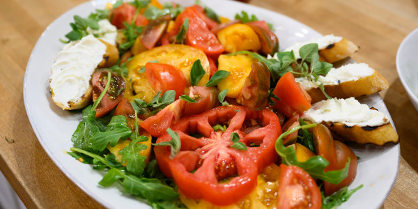Anne Burrell's Heirloom Tomato Salad