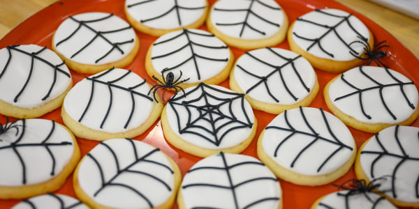 Martha Stewart's Halloween Spiderweb Cookies