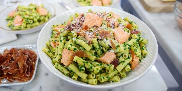 Ziti with Prosciutto, Salmon and Arugula Pesto