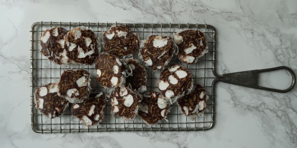 No-Bake Chocolate Coconut Crunch Cookies