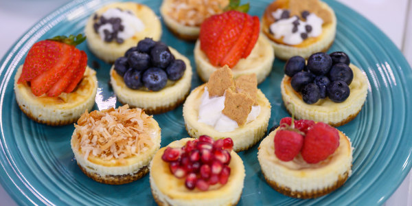 Joy Bauer's Mini Cheesecakes