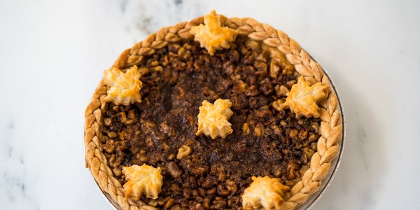 Maple-Walnut Pie