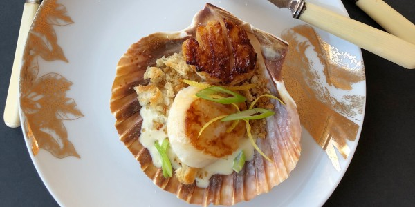 Creamed Scallops with Almonds, Sherry and Lemon