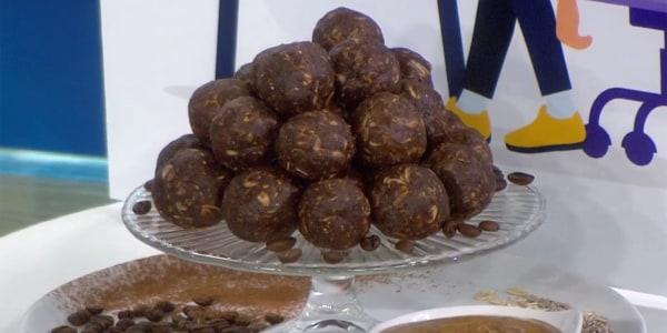 Joy Bauer's Chocolate-Peanut Butter Fudge Bites