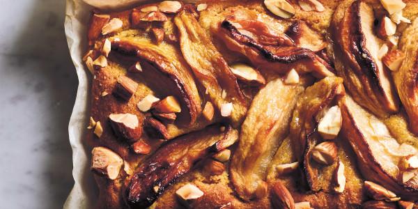 Roasted Apple-Almond Cake