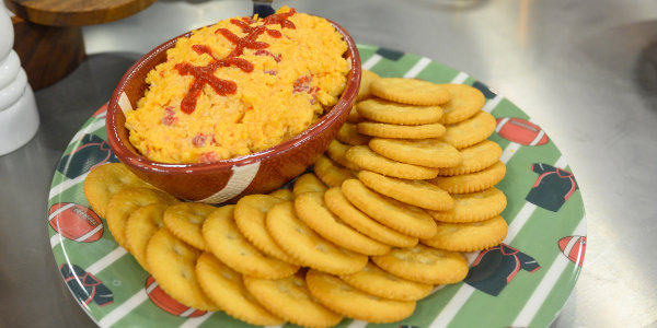 Al Roker's Pimento Cheese Dip