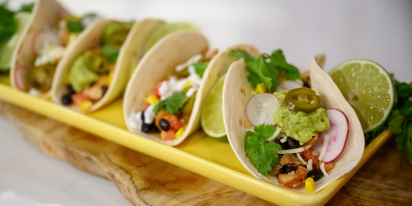Slow-Cooker Pulled Chicken Tacos