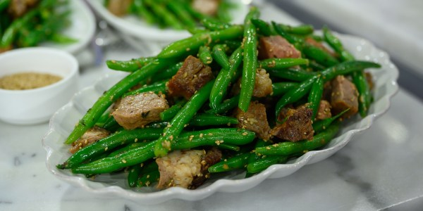 Sautéed Green Beans with Toasted Benne Seeds