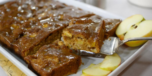 Caramel Apple Dapple Cake