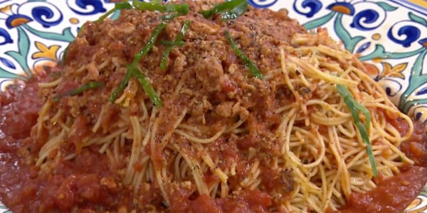 Spaghetti with Hearty Beef Bolognese Sauce