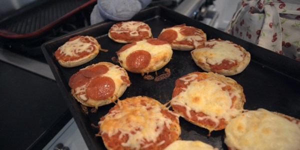 Craig & Lindsay's Easy English Muffin Pizzas