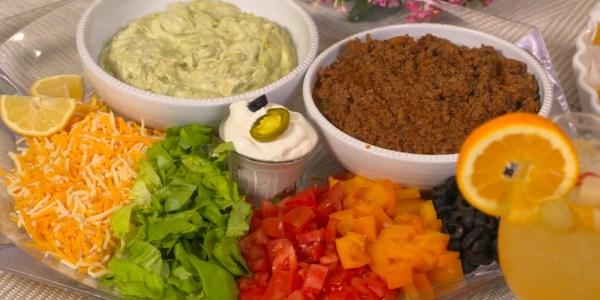 Sandra Lee's 20-Minute Ground Beef Tacos