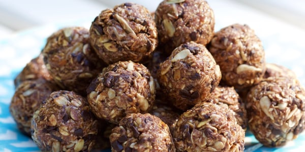 Dylan Dreyer's Oatmeal-Banana Balls with Chocolate Chips