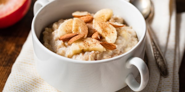 Dylan Dreyer's Apple-Cinnamon Oatmeal