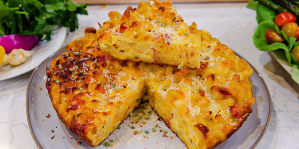 Cheesy Pasta Pie