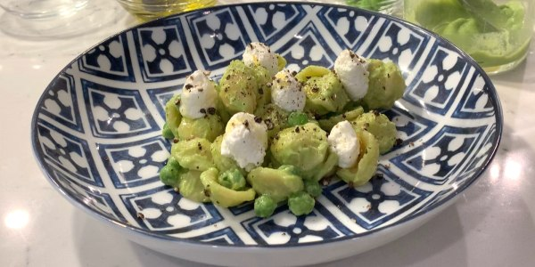 Orecchiette with Peas, Ricotta and Black Pepper