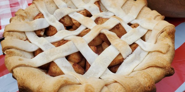 Sunny Anderson's 5-Ingredient Grilled Apple Pie