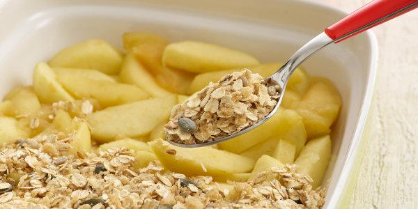 Sandra Lee's Applesauce Granola Crisp