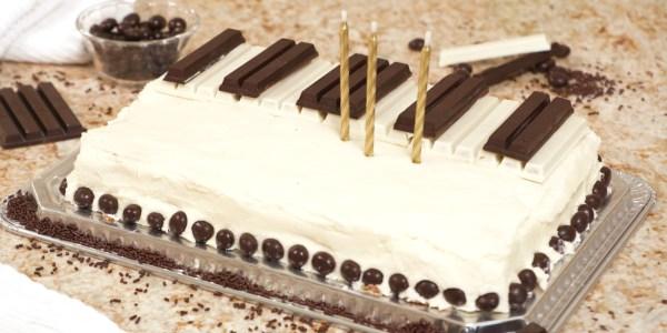 Sandra Lee's Chocolate Piano Cake