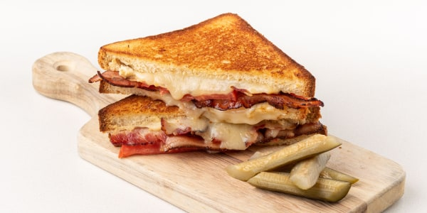 Curtis Stone's Grilled Cheese with Tomato and Bacon