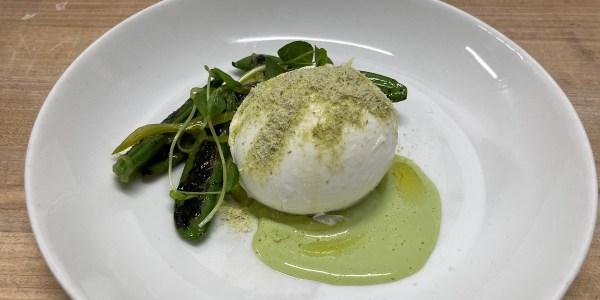 Mozzarella con Piselli (Mozzarella with Peas)