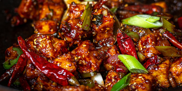 Spicy and Crunchy Garlic Tofu (Kkanpoong Tofu)