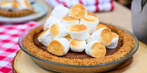 S'mores Chocolate Cream Pie