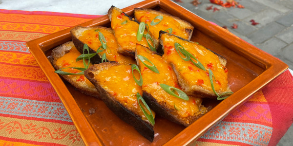 Chile-Cheese Toast