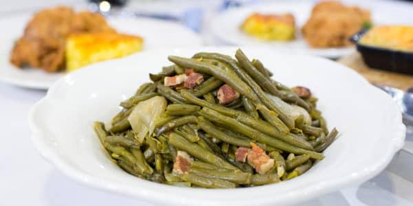 Savannah's Mom's Kentucky Wonder Green Beans with Bacon