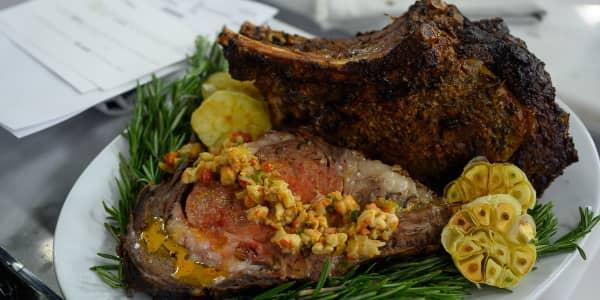 Prime Rib Roast with Crawfish-Onion Gravy