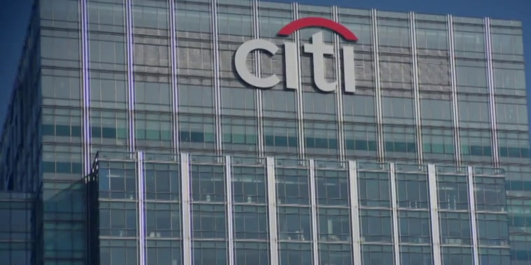 Citigroup refunding $330 million to customers after overcharging interest