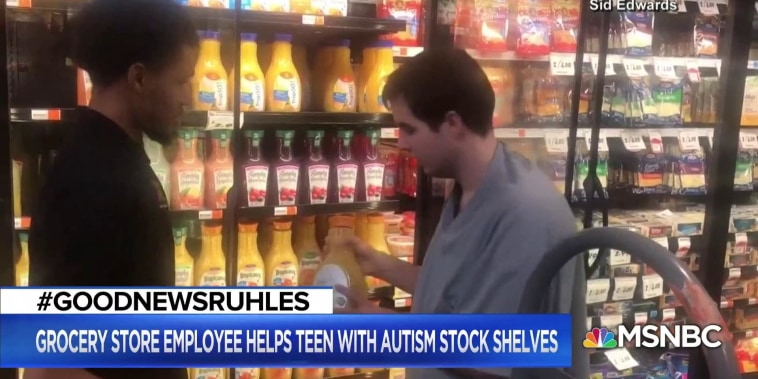 #GoodNewsRUHLES: Store worker lets autistic boy help stock shelves